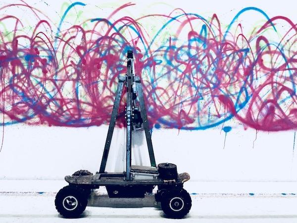 Amélie with Zeuxis galerie d'art présente l'exposition Artistes et Robots au Grand Palais