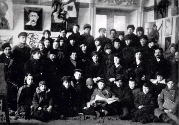 Zeuxis galerie d'art présente l'exposition Chagall au Centre Pompidou