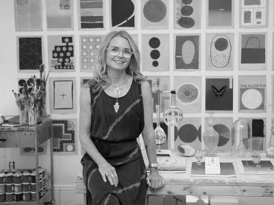 Julie Wolfe - Artiste AMELIE paris