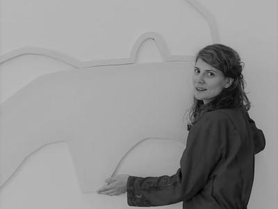 Kahina Loumi - Artiste AMELIE paris